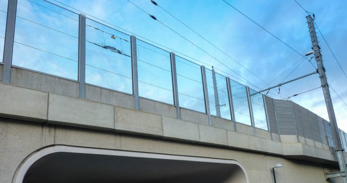 Lärmschutzwand Bahnbrücke